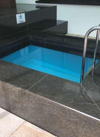 Der Poolbauer in München, Whirpools, Außenpool, Service, Anwendungswannen